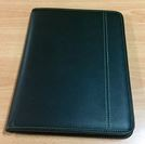 A4 Zippered Compendium Leather Look Closed